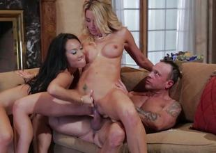 FFM triple fucking for Asa Akira and Jessica Drake