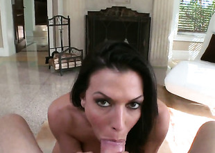 Rachel Starr is good on her capitulate to satisfy her bang buddy with her sexy mouth