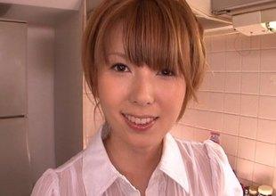 Hatano Yui enjoys having veggies pressed procure her cunt