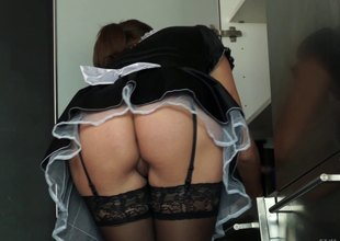 Slutty maid gives in tom a thorough bed fucking by her naughty taskmaster