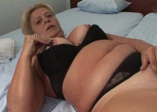 This big mama loves the smack of cum