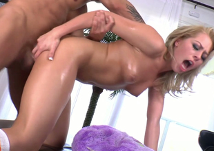 Nasty blonde chick with great butt enjoys anal  in doggystyle