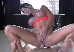 POV hardcore workout with fit babe Peta Jensen