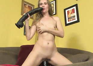 Wicked wench Sara James dildos her fuck hole