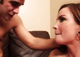 Logan Pierce is lascivious as hell and cant wait any more to pound pretty Diamond Foxxxs love box
