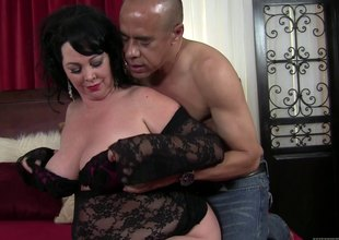 This BBW is hungry for some horseshit painless this babe swallows his sword