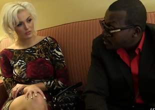 A black guy works a white girl's pussy with his sting cock