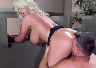 604 huge tits free sexmovies