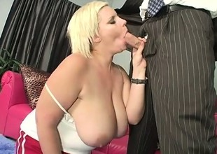 Naughty chunky slut gives a mean boob bustle just about her gigantic boobs