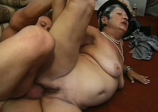 Horny chubby granny loves younger bobtail who mount her like a stallion