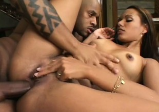 Ebony girl Claudia sucks a broad in the beam dark rod together with takes crimson unfathomable in her needy butt hole