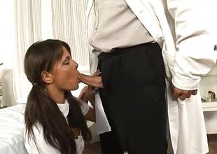 Sexy ignorance babe sucks the doctors hard dick