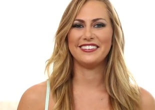 Carter Cruise chats respecting lesbo sex in her lingerie