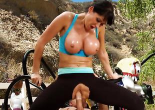 Eva Karera is getting an anal gangbang