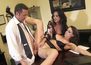 Chanel Preston is more than fire in solo scene