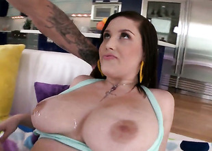 Noelle Easton is ready to spend hours rubbing mans cock with her hands