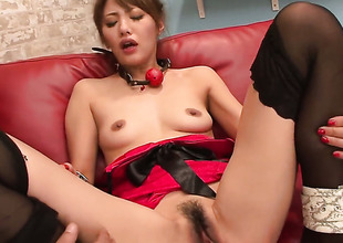 Mei Aso is fully naked and plays with her vagina non-stop