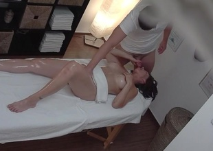 Well-endowed MILF Gets Drilled During Massage