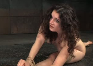 Flexible porn slut Endza Adair is stretched in BDSM porn clip