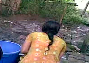 Curvaceous Indian housewife taped on cam not later than housework