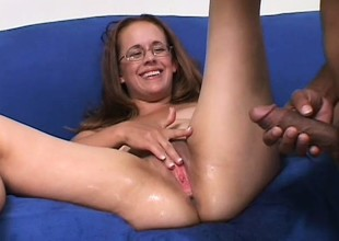 Chunky amateur mommy in glasses gets the heavy cock from her dreams