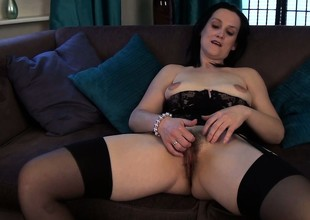 She tries to make her mature body arrive sexy in unmentionables added to plays with her hairy hole
