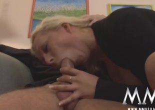 Amatory blowjob from a slutty German milf