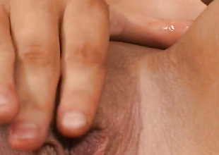 Blonde with juicy spoils and boring cunt asks hot guy to insert his rod in her throat