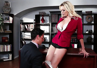 Stormy Daniels tries her hardest to make hard cocked pauper bust a nut alongside her throat