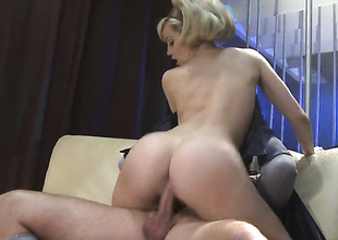 Alexis Texas makes her sex not conceivably a for sure with guys hard collide with schlong in hands