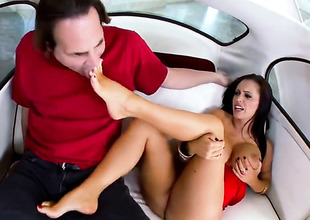 Brunette Jenna Presley relative to gigantic hooters acquires cum drenched probe sex relative to hot guy