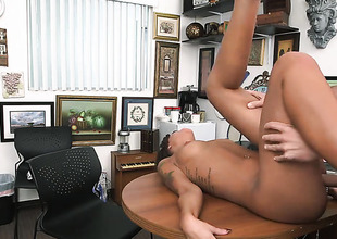 Brunette chicana London Winters with bubbly booty knows that hard boner in hands is the only thing that can make will not hear of feel more great