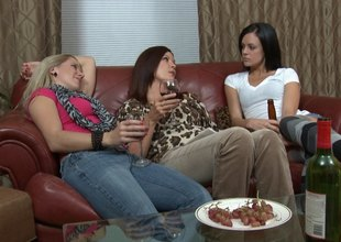 Wine drinking ladies attempt a hot lesbian trio in bed