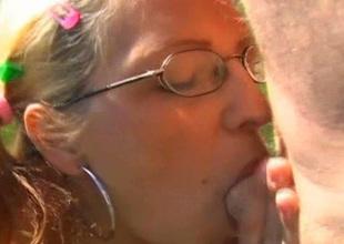 Basis hooker Dana gives deepthroat blowjob to the worker outdoor