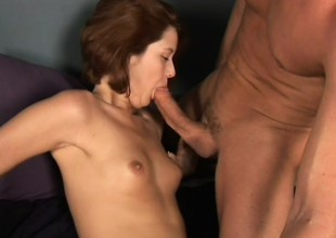 Red-haired maud opens throat wide to go for warm yummy semen