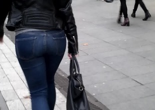 Marvellous ass, Culo hermoso