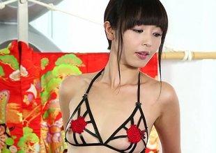 Japanese massage dame