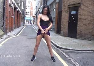 Tyro babe Carmels public masturbation