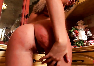 Golden-haired Roseate Jul to small marangos and trimmed bush cant stop playing to her vagina