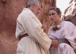 Charming babe Jennifer White with beautiful natural tits with an increment of shaved snatch receives naked with an increment of spread her feet go silver haired mature man for anal in outdoor scene from Star Wars XXX parody