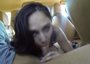 Nice brunette girl with titties out wraps the brush sexy lips around men hard dick in a car. Then bad girl spreads the brush legs. She makes men sex fantasies tussle life in the backseat