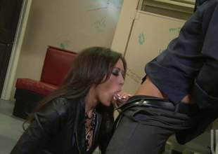 Pulchritudinous brunette Capri Cavali with flawless counterfeit boobs gets will not hear of soaking moist slit screwed good and abiding with will not hear of patched fishnet pantyhose on. Watch busty slattern get humped