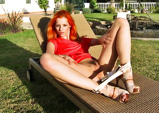 With gigantic hooters and clean pussy is also roasting to stop stroking her snatch