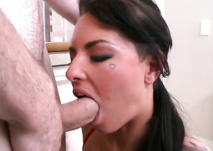 Christy Mack spends will not hear of raunchy energy with stiff meat stick in will not hear of mouth