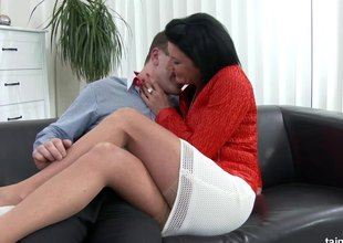 MILF hikes her skirt so a younger alms-man can fuck that pussy
