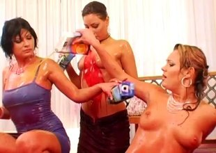 Attracting babes at a hotel engage in a soaking and captivating juice sortie