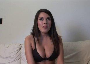 Big tits dark murk gets flirty prevalent an erotic backstage tend