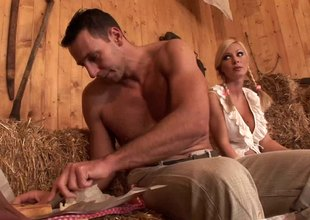 Beefy studs take turns on big tits kermis milf in the barn