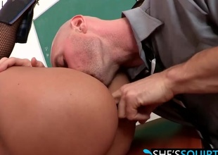 Large hard cock riding with blistering babe Jasmine