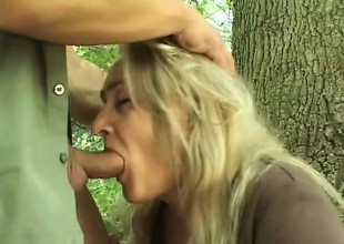 Wicked blonde can't wait for her swain to nail her take the woods